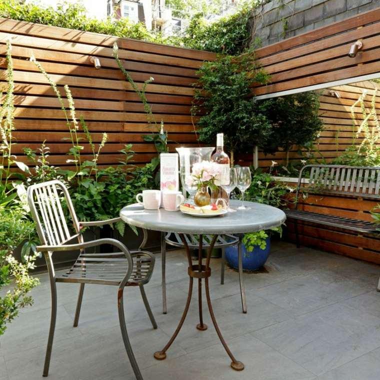 jardines-pequeños-ideas-espejos-efecto-visual-inesperados