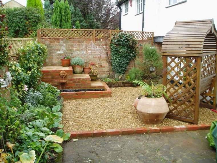 jardines-pequeños-ideas-estanques-salones-exteriores-casas