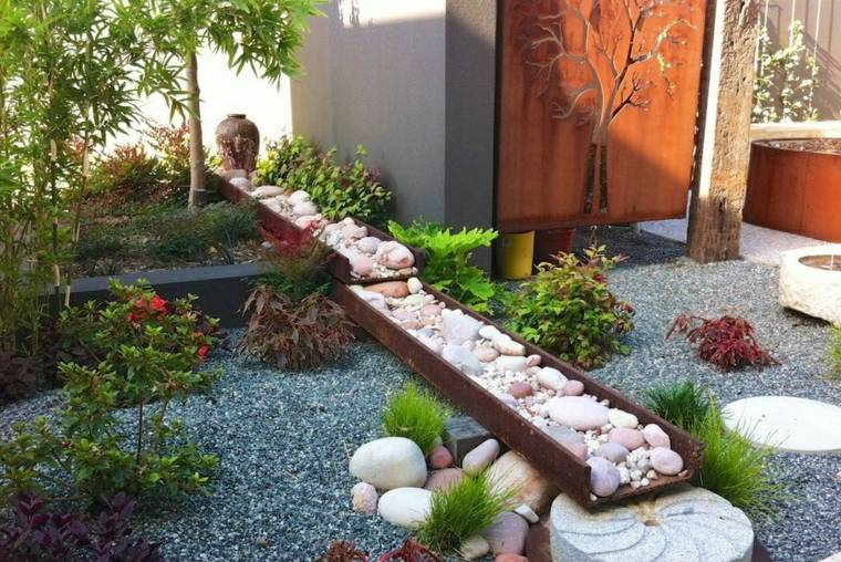 jardines piedras acero-corten-detalles-decorativos-funciones