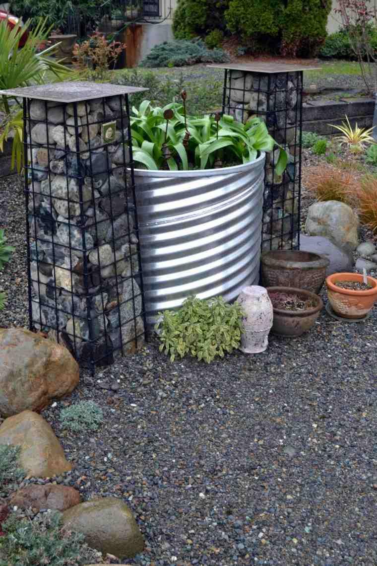 jardines piedras escultorico-efecto-rocas-metal sombras