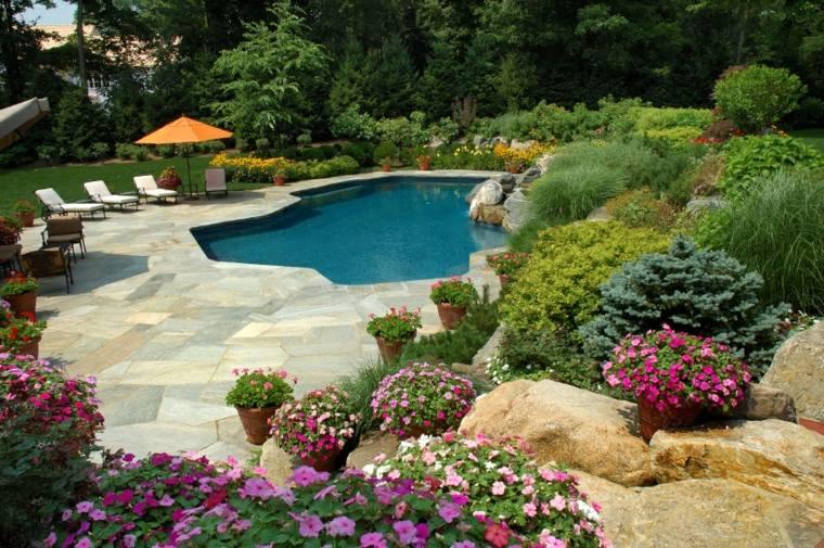 jardines piscinas rocas-asombroso-flores-sillones
