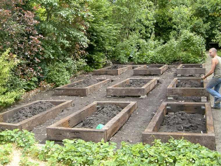 mantenimiento-de-jardines-arbles-muebles-estilos-canteros