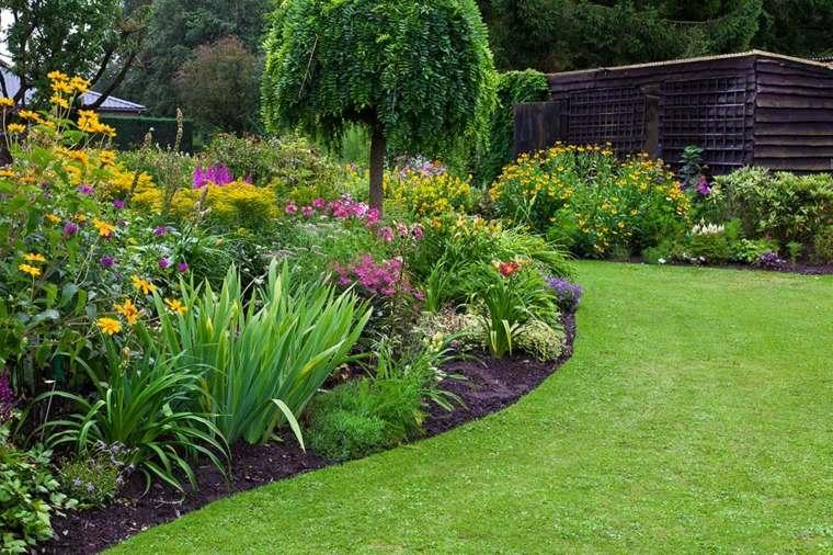 mantenimiento-de-jardines-definidos-demarcados-espacios