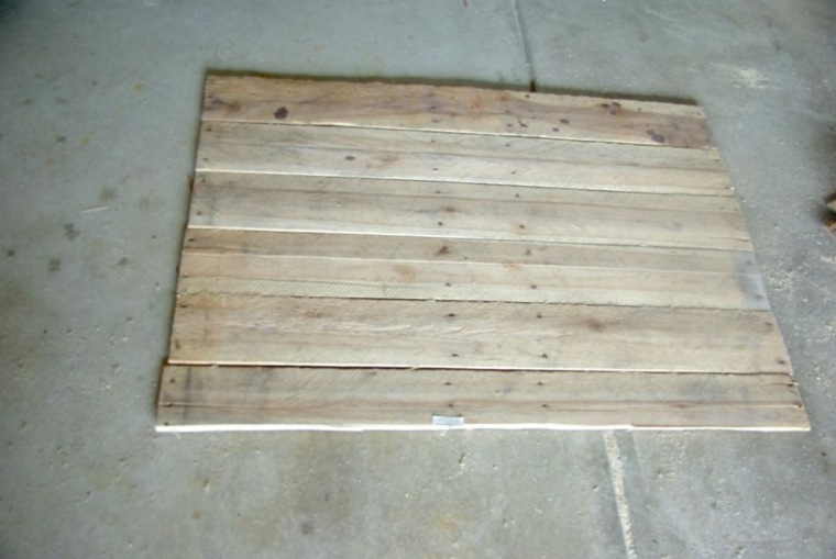 mesa de madera pales reciclados