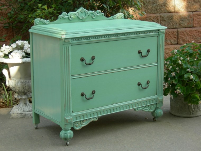 Restaurar muebles antiguos consejos y sencillos trucos - Muebles de caoba antiguos ...