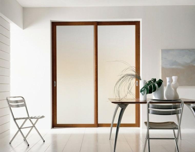 Puerta madera interior detalles puerta interior tarima en for Puerta corredera interior madera
