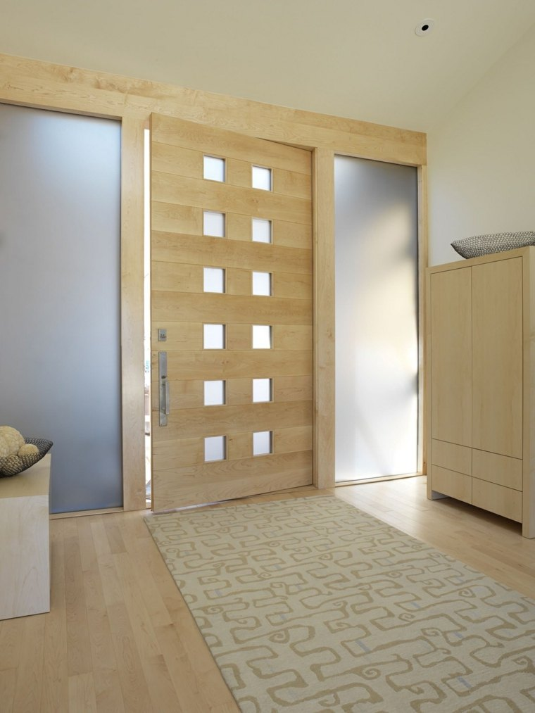Puertas de madera para el interior y para la entrada de casa for Interior de la casa de madera moderna
