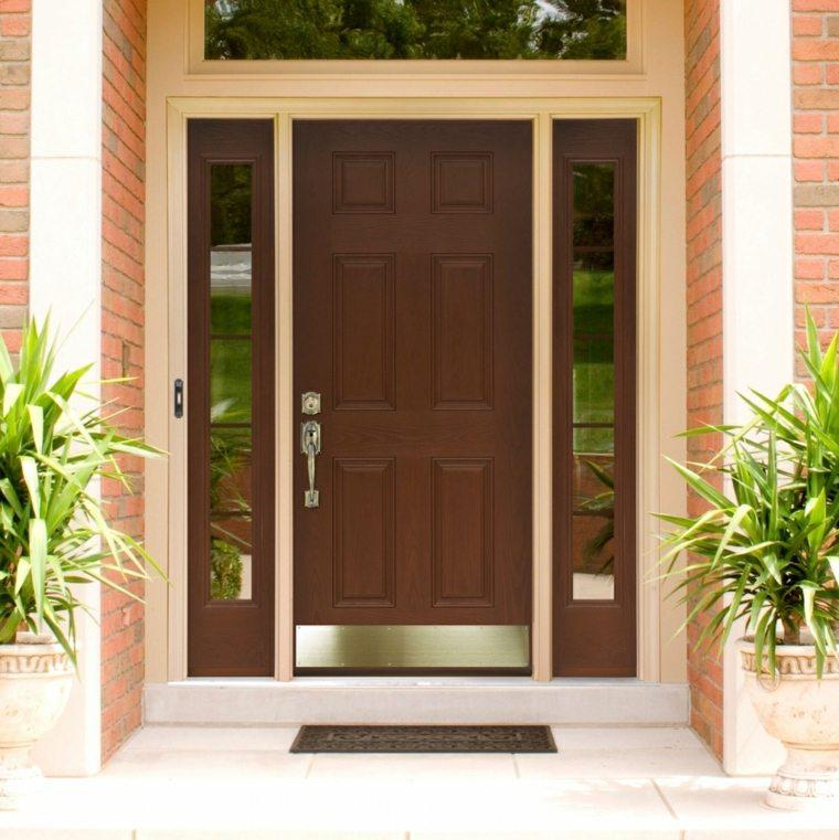 Puertas de madera para el interior y para la entrada de casa for Decoracion de la puerta de entrada