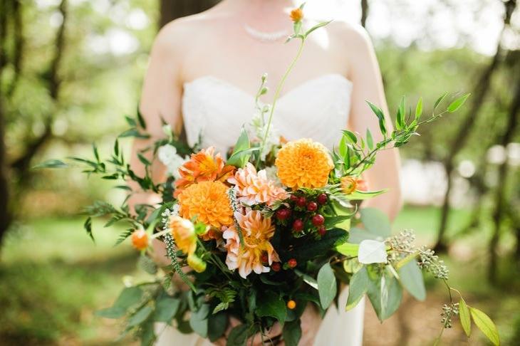 ramos de novia bayas flores dalia ideas