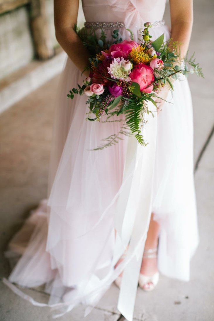 ramos de novia color purpura diseno estilo ideas