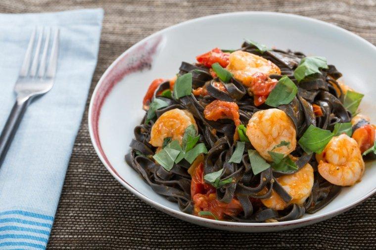 receta de espaguetis con gambas preparar-comer