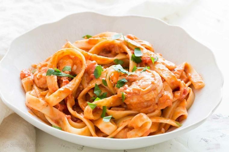 receta espaguetis con gambas preparar