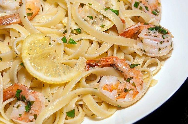 recetas espaguetis gambas preparar