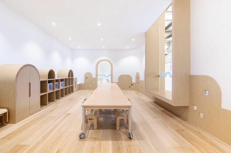 área recreativa-centro-juegos-diseno-estilo-moderno-madera