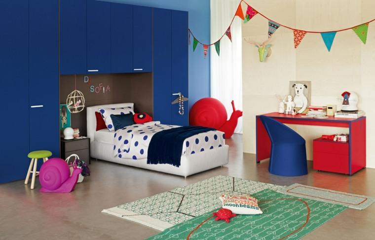 armario-grande-azul-diseno-original-moderno