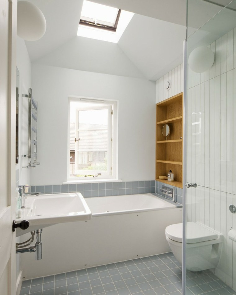 bano-ventana-techo-banera-estilo-diseno-Sam-Tisdall-Architects