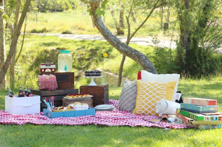 cómo hacer un picnic bosque-picnic-ideas-consejos-opciones-amigos-familia