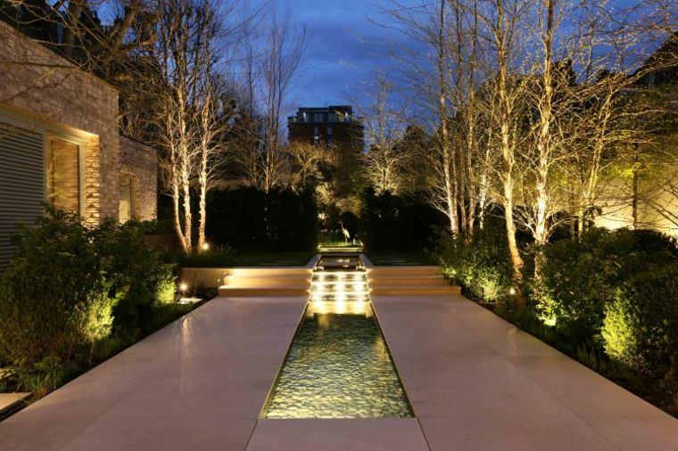 estupenas luces de jardin