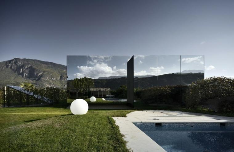 casa-arquitectura-original-paredes-exteriores-espejo