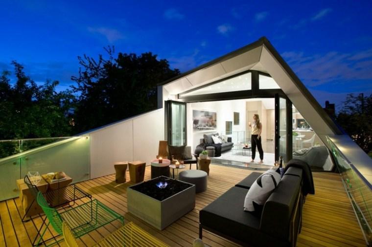 casa-terraza-diseno-moderno-chimeneas-bioetanol-pequena