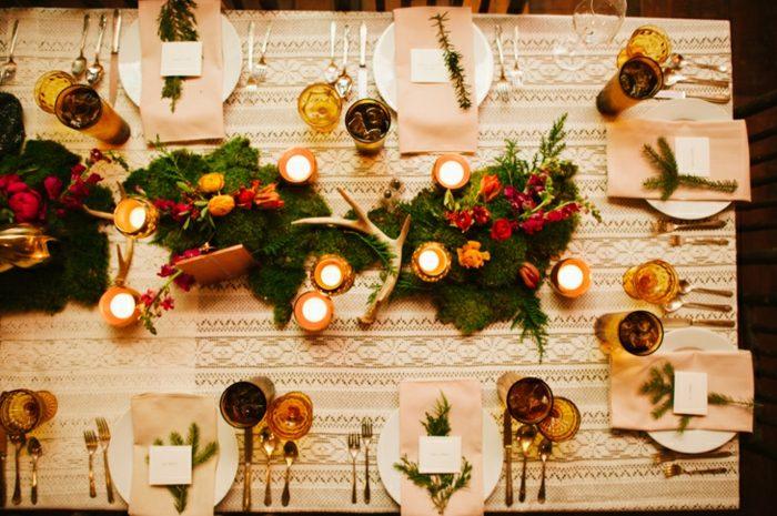 centro-mesa-candelabros-cobre-cuernos-plantas-ideas