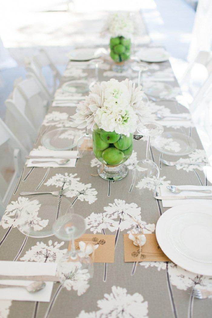 centro-mesa-manzana-verde-flores-blancas