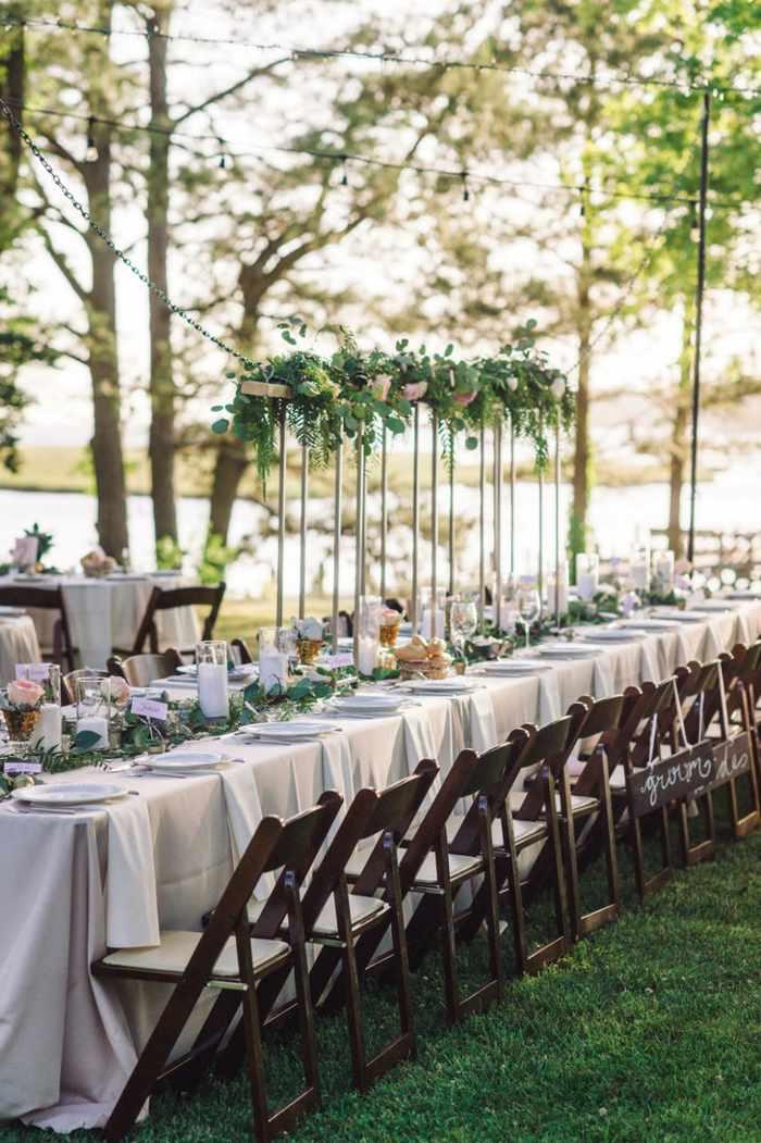 centros de mesa para boda-alto-plantas-candelabros