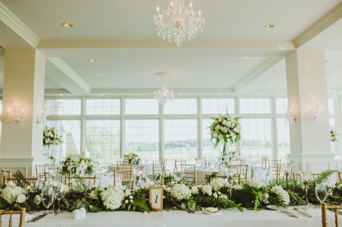 centros de mesa para boda-blanco-verde-flores