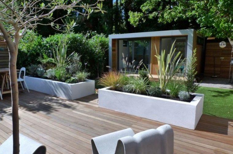 diseño de exteriores-jardines-pequenos-macetas-hormigon