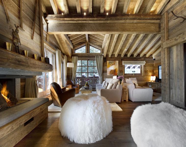 interior rústico con muebles modernos
