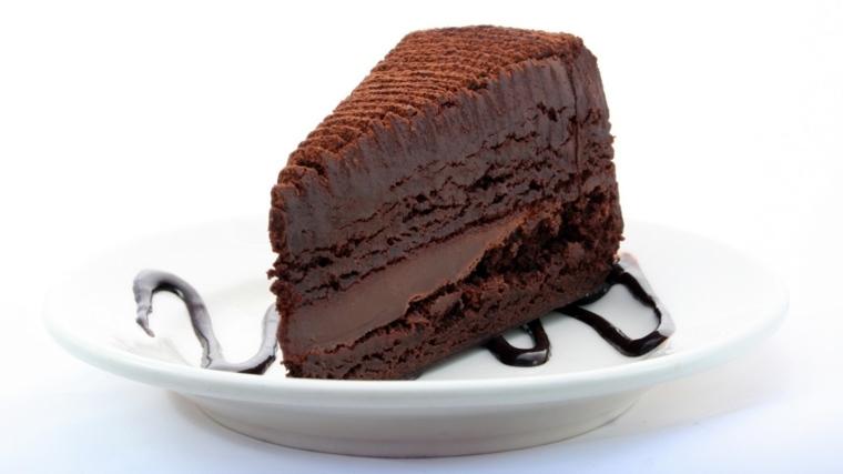 elegante-presemtacion-combinada-crema-chocolate