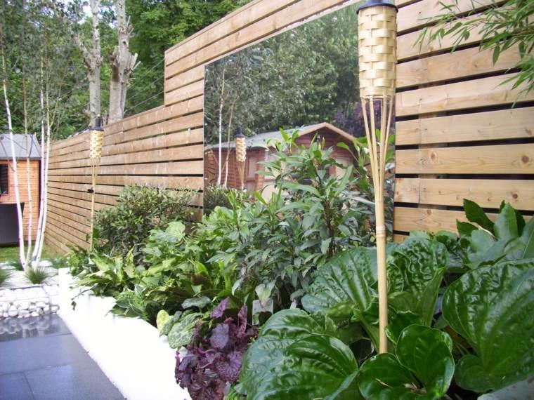 espejo-grande-rectangular-plantas-estilo-moderno-jardin