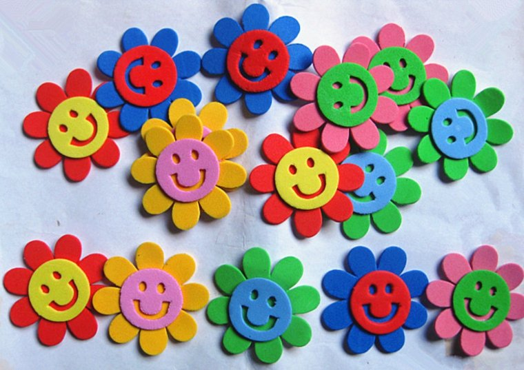 flores de goma eva manualidades-chicos-casa