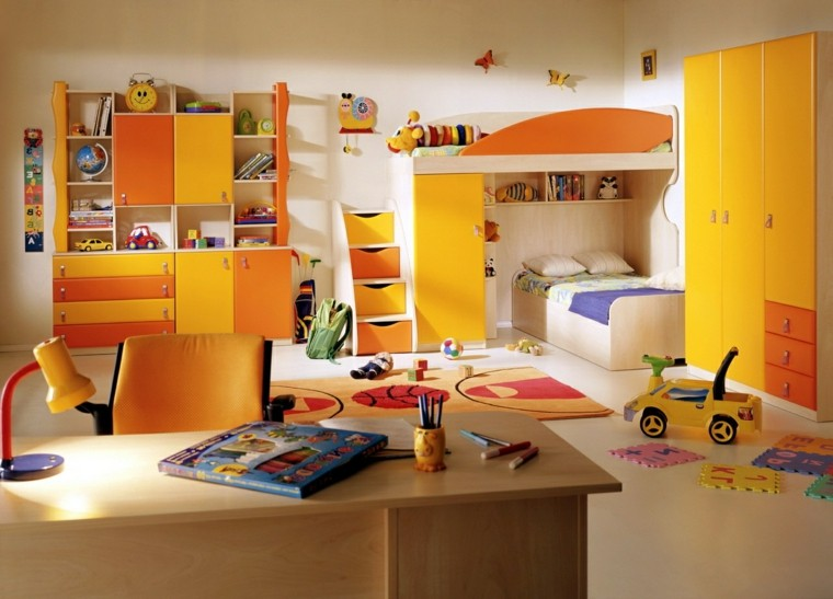 habitaciones infantiles para niñas-colores-brillantes-amarillo-naranja