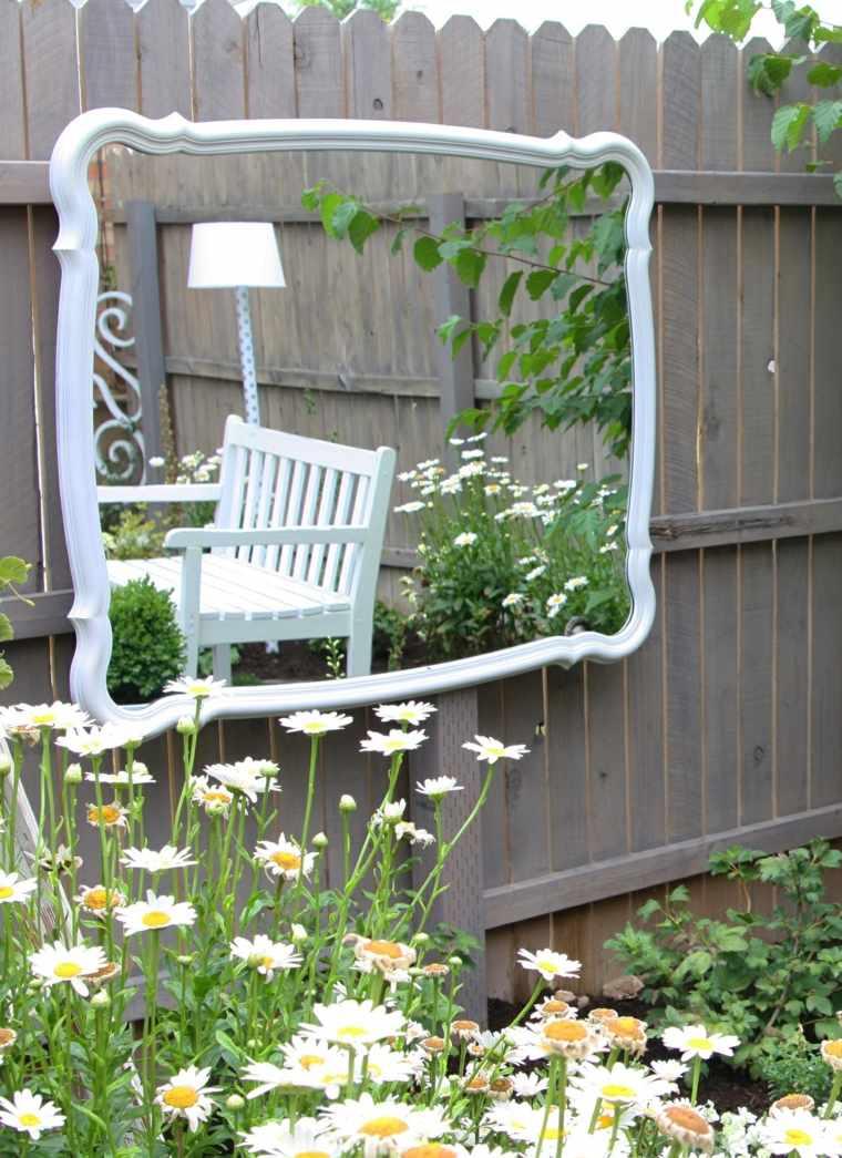 ideas para decorar jardín-espejos-estilo-diseno