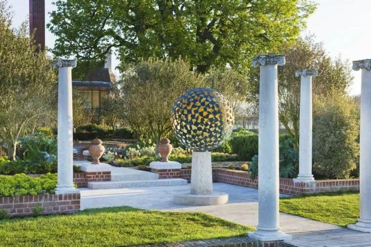jardines-esculturas-plantas-exteriores-fuentes