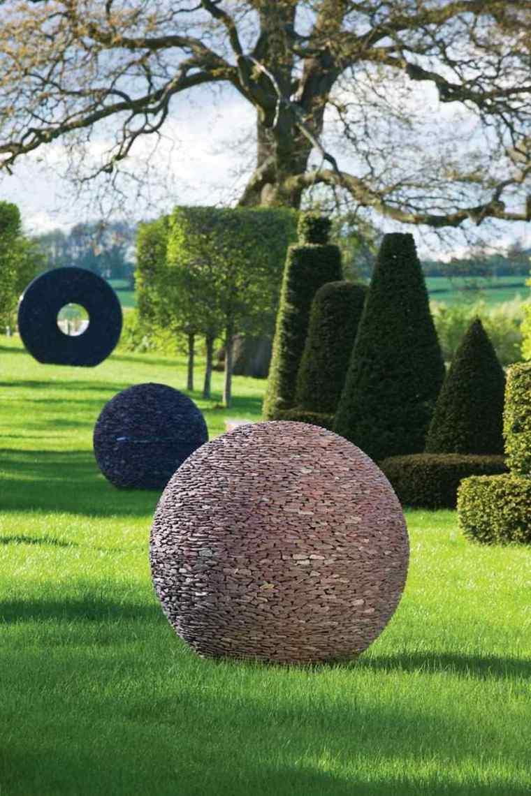jardines-esculturas-sencillos-conceptos-manualidades