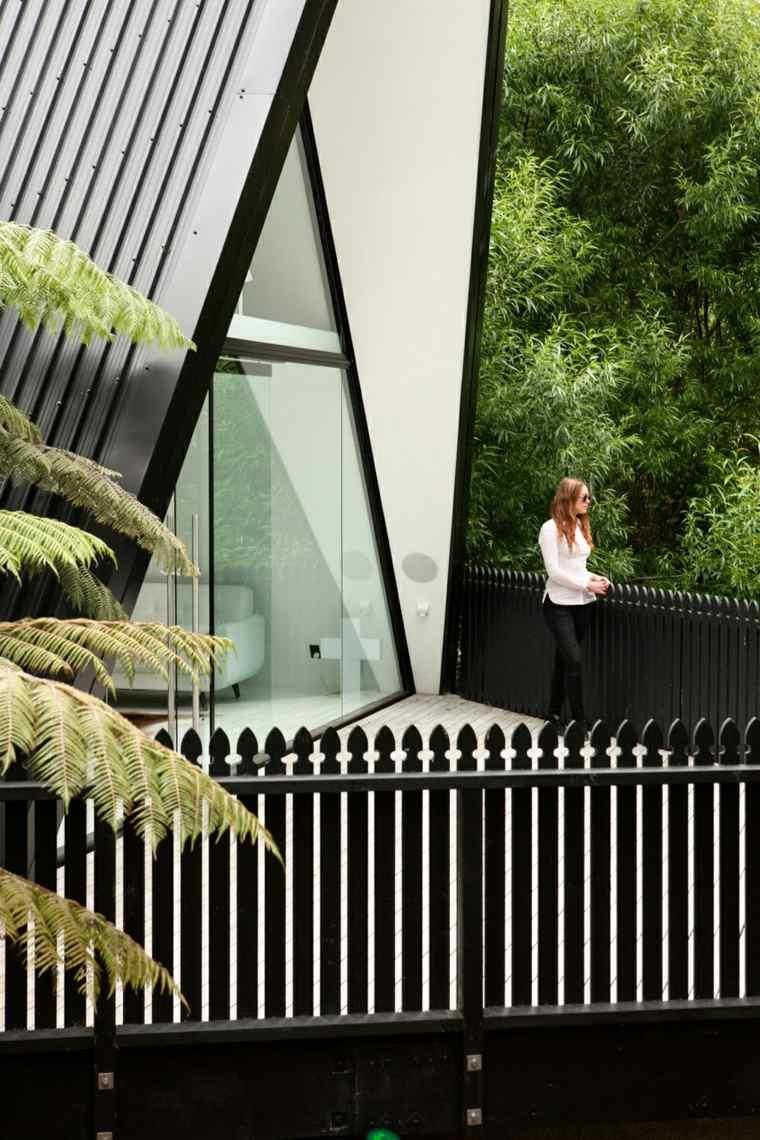 la casa mágica Nueva-Zelanda-diseno-cabinas-modernas-terraza