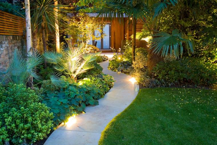 Luces de jard n y estupendas ideas de iluminaci n para exteriores - Iluminacion decorativa exterior ...