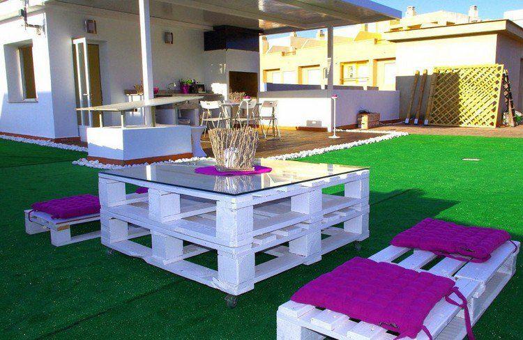 Muebles de jard n baratos 20 ideas de muebles hechos con for Bancos de madera para jardin baratos