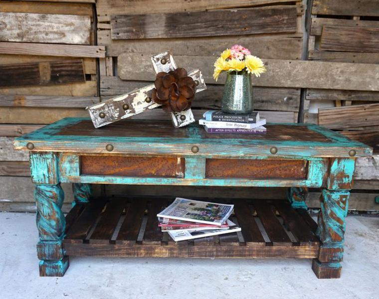 originales muebles desgastados