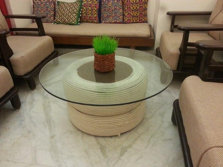 Reciclar neumaticos para hacer muebles muy originales for Mesas con neumaticos