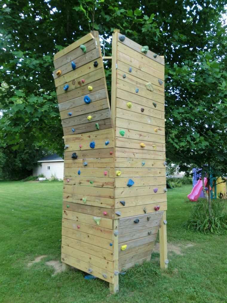 parque-infantil-jardin-pared-escalar