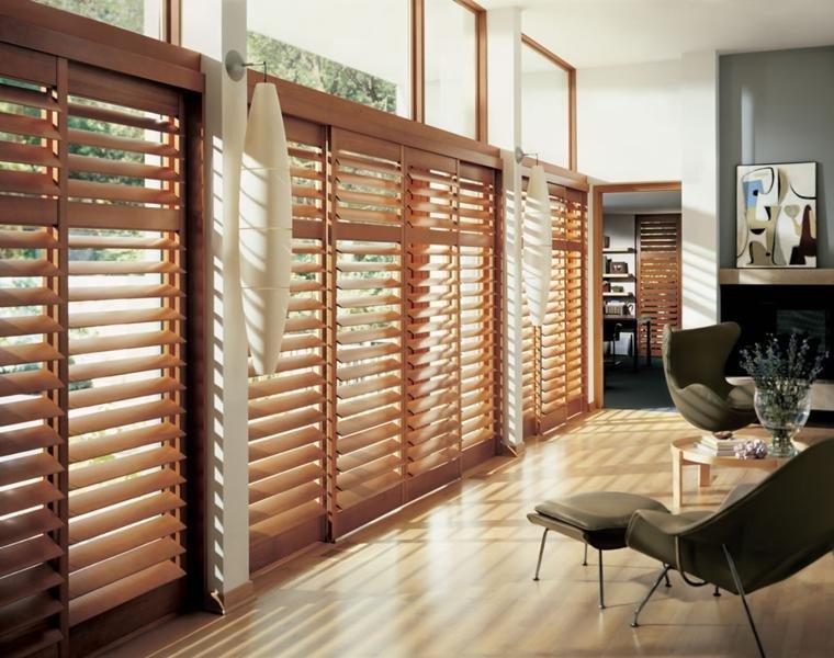originales puertas correderas con persianas de madera