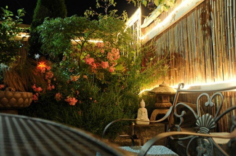 iluminar jardines
