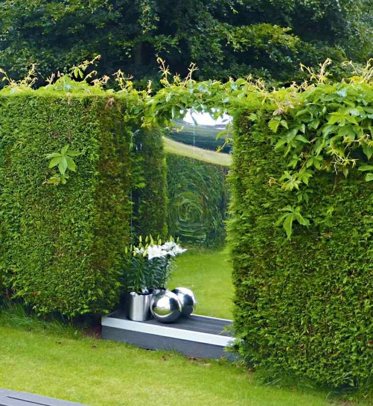 valla-verde-natural-espejo-decoracion-roginal-jardin