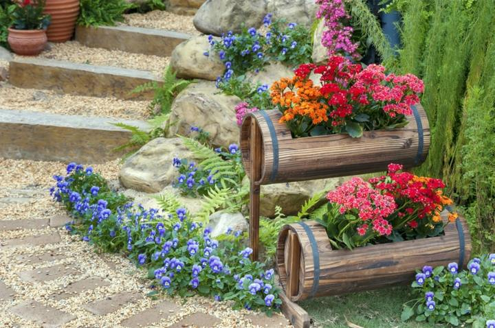 Decorar jardin barato con ideas efectivas de gran belleza for Ideas decoracion jardin