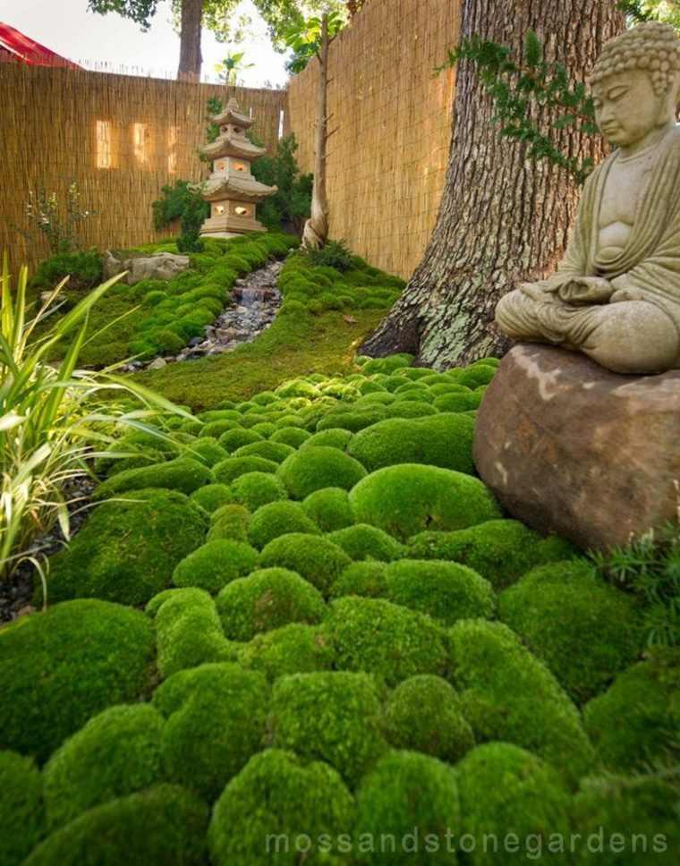 jardines con piedras y musgo