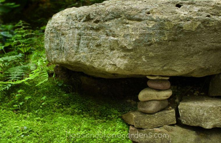jardines con rocas y musgo