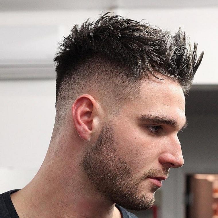 cortes-pelo-hombre-tendencias-barba-peinado